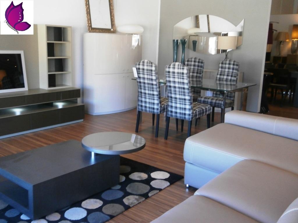 conjunto mesa y sofa