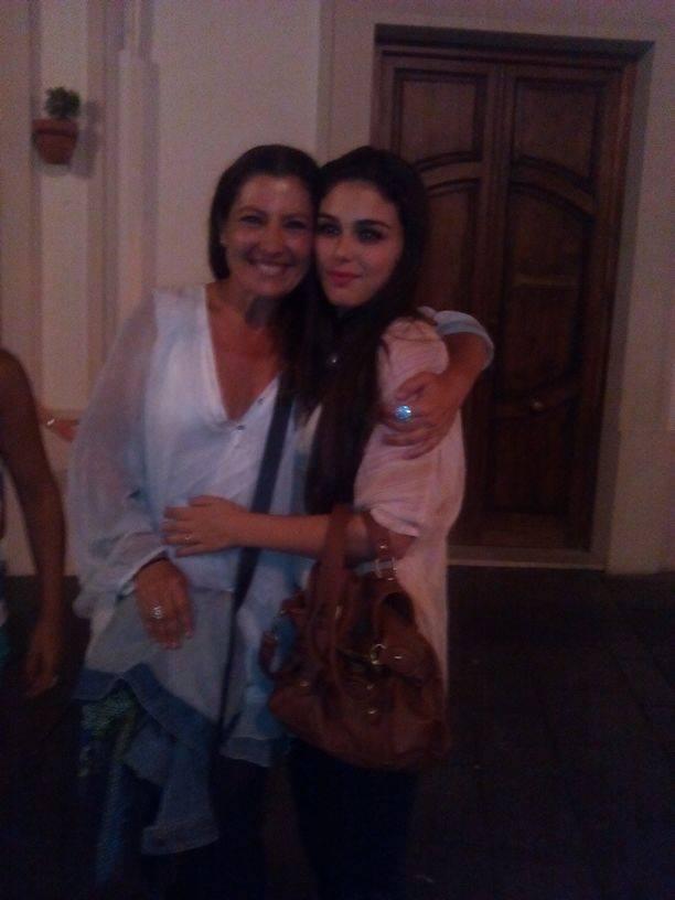 Junto a Sara Baras