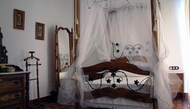 capricho-andaluz-cama-770x445