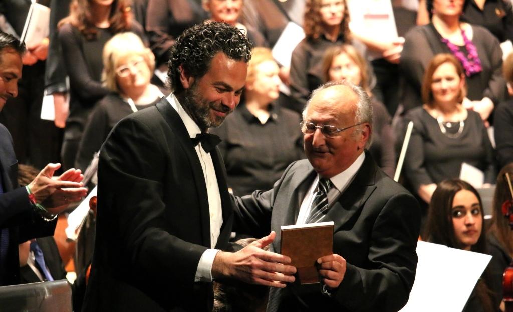 Broche final para el  Centenario Maestro Chicano Muñoz