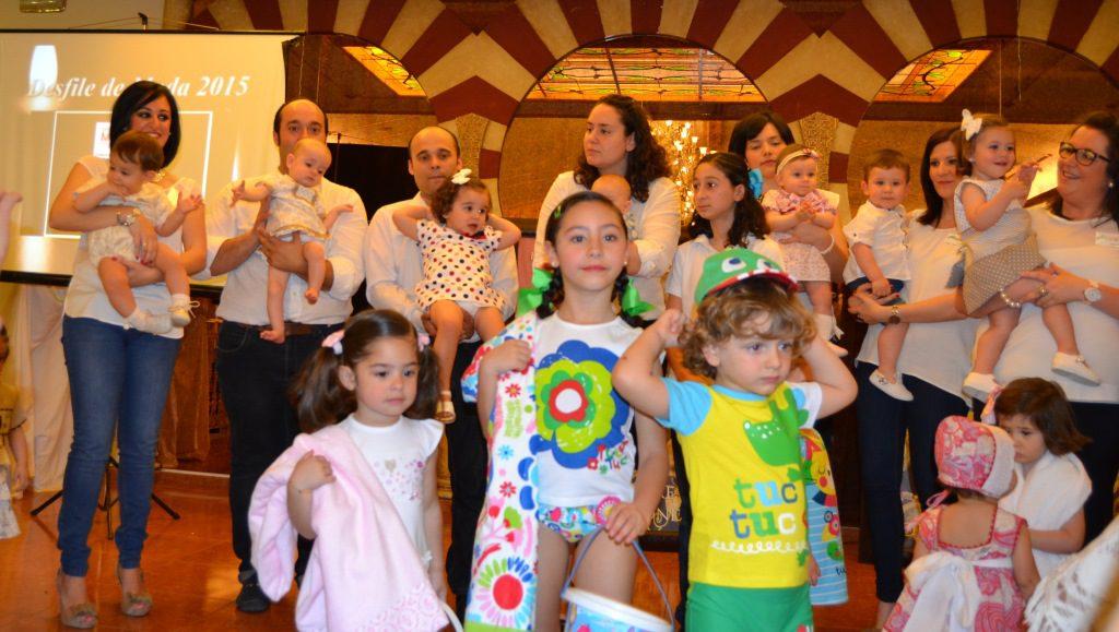 Desfile de Ali Natal organizado por la Cofradía del Sagrado Encuentro
