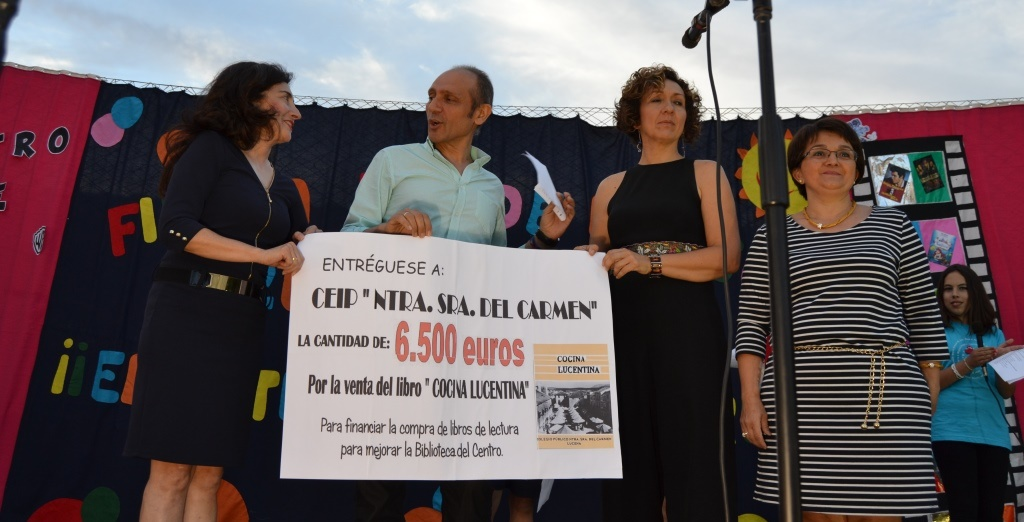El Colegio del Carmen recibe del AMPA una dotación