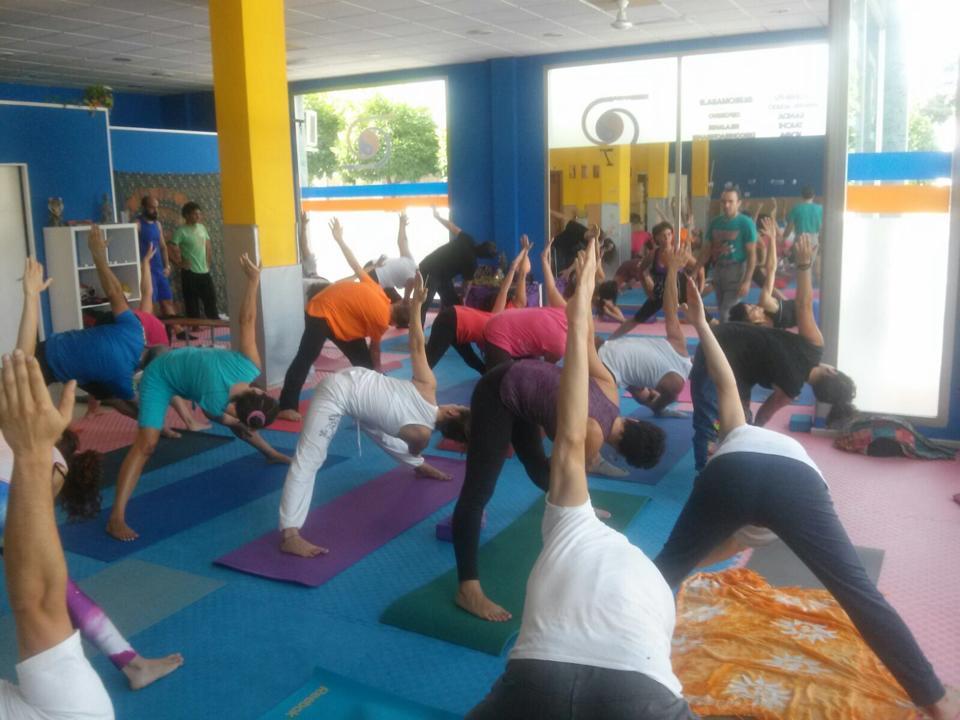 Maestros de la disciplina del Yoga se reúnen en Lucena