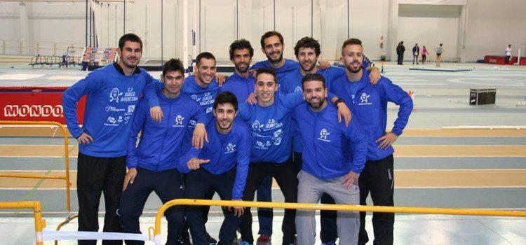 El Club Surco Aventura compite en el Campeonato de Andalucia Pista Cubierta