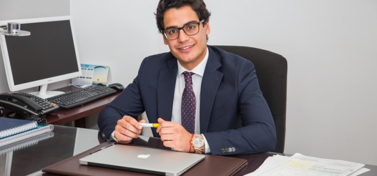 EMPRENDEDORES LUCENTINOS: Victor Ramirez de profesión Abogado