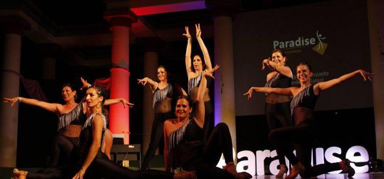 Artes Escénicas celebró su VIII GALA PARADISE en honor al Cáncer de mama