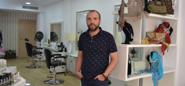 David Egea nos invita a la inauguración de su nueva Peluqueria & Boutique.
