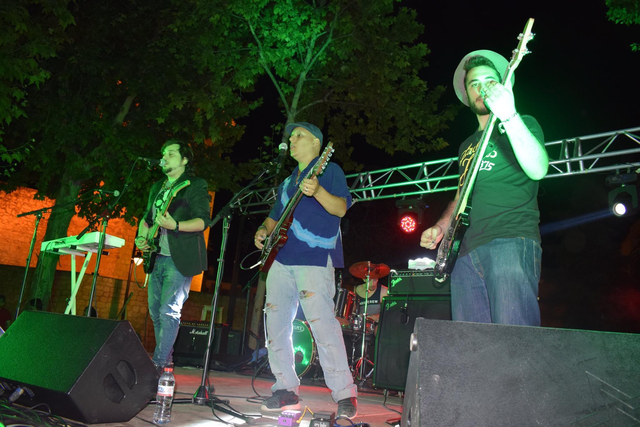 """Gran éxito del Concurso de grupos de música amateur """"Lucena Sound"""" celebrado en el Paseo del Coso"""
