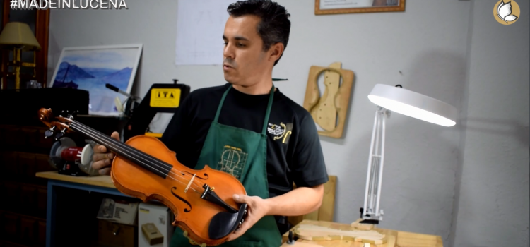 MADE IN LUCENA Fabricando violines con Molina Luthier