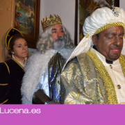 Sus majestades de Oriente visitaron a los vecinos de Campoaras en la Cabalgata del Cristo Marroquí