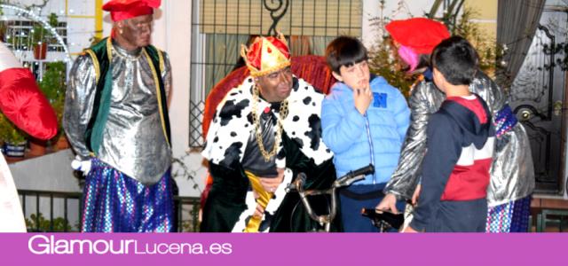 La Asociación de Ayuda a la Humanidad reparte más de 200 regalos en la Cabalgata de Quiebracarretas