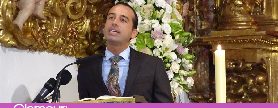 Esteban Rondón Mata ofrece los frutos del campo andaluz a la Virgen de Araceli