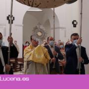 La Venerable Archicofradía de Jesús Nazareno celebra una procesión eucarística en honor al Corpus Christi