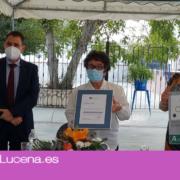 La Asociación El Sauce recibe la placa Certificado de Calidad Sanitaria