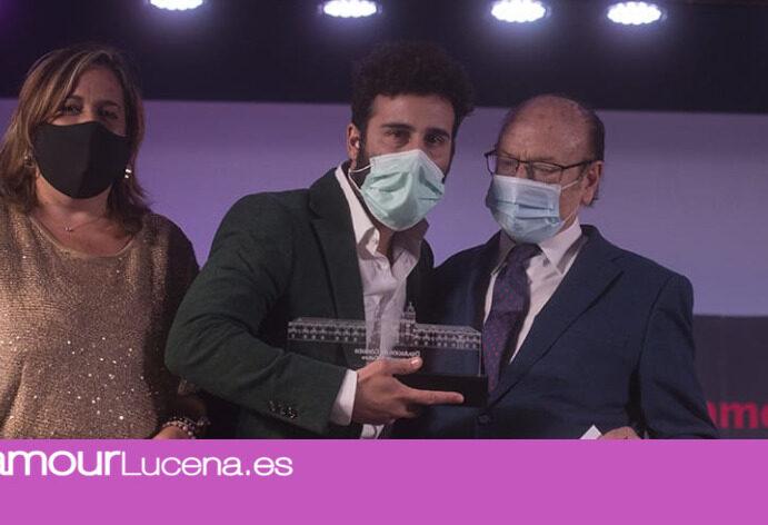 Tete Pineda proclamado ganador en el Certamen de Jóvenes Flamencos modalidad de Cante Premio «Fosforito»