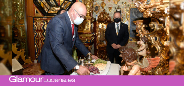 Se celebra la ceremonia de Ofrenda de frutos de Otoño a la Virgen de Araceli