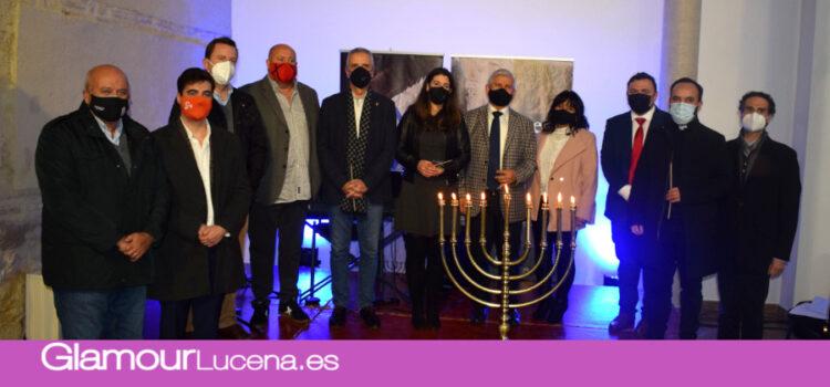 Lucena celebra el encendido de velas de la Janucá