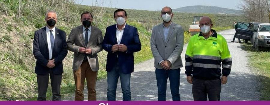 La Diputación realiza obras de mejora en el tramo de Lucena de la Vía Verde