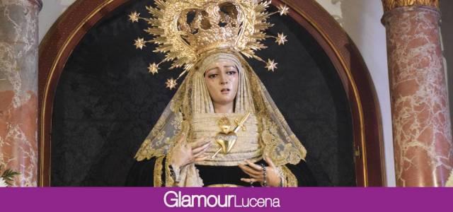 SABADO GLORIA: Nuestra Señora de la Soledad vela ante cristo yacente