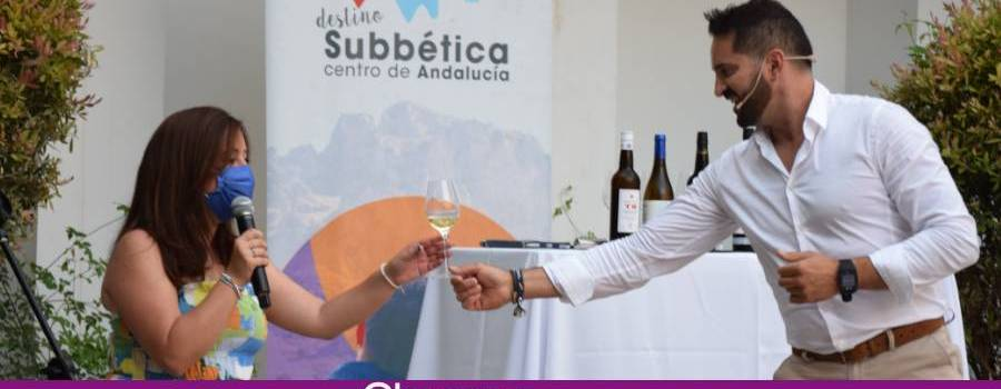 El Lagar de Ángel Lara y Bodegas Torres Burgos se daban cita en una cata de vinos a cargo del catador Rafa Fernández
