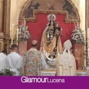 El obispo de Córdoba bendice las obras de  la Parroquia del Carmen en el día de su patrona