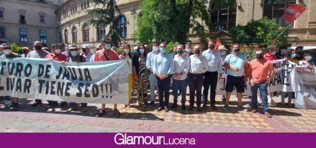 La Comunidad de Regantes de Jauja se manifiesta con el apoyo del Ayuntamiento de Lucena ante la Confederación Hidrográfica del Guadalquivir